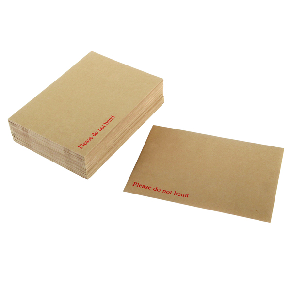Q-Connect Board Back Envelope 318x267mm 115gsm Peel and Seal Manilla (Pack of 125) 1K06
