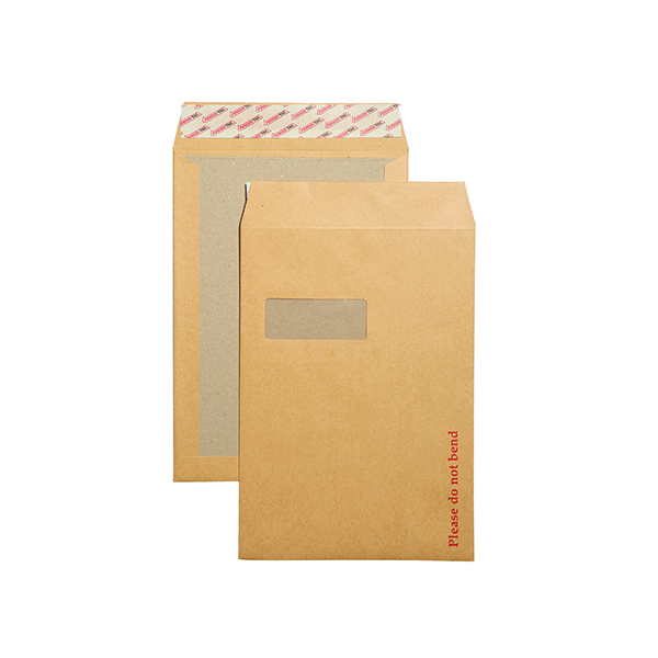 New Guardian C4 Envelopes Window Board Back Peel and Seal 130gsm Manilla (125 Pack) B26526