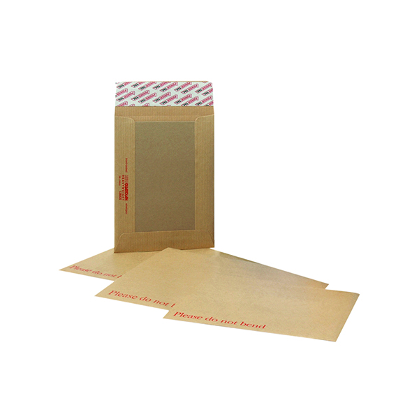 Board Back New Guardian C4 Envelopes Board Back Peel and Seal 130gsm Manilla (125 Pack) H26326